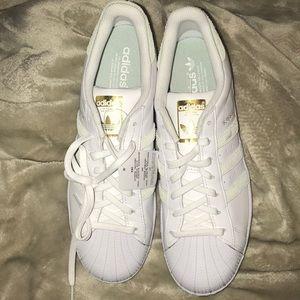 NEW!!! Men's 10.5 Adidas